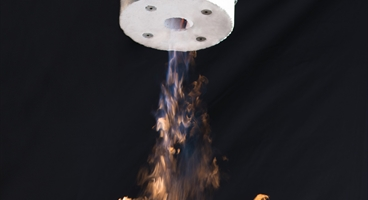 Oxygon burner with flame  Vertical direction